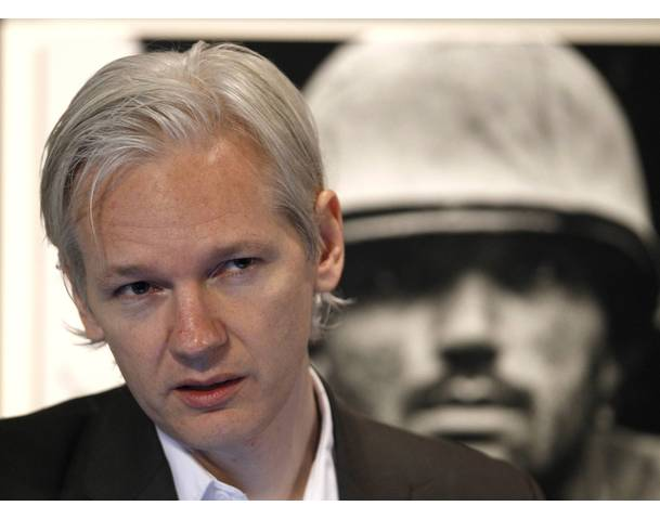 Wikileaks founder Julian Assange speaks to Pentagon